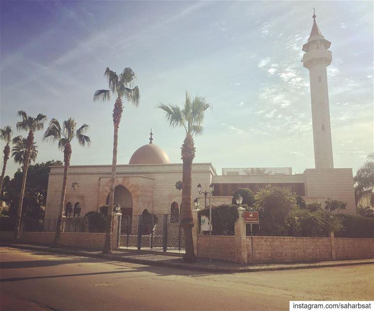 مسجد الشهداء martyrsmosque martyrssquare martyrssquaresaida mosque ... (Martyrs Square)