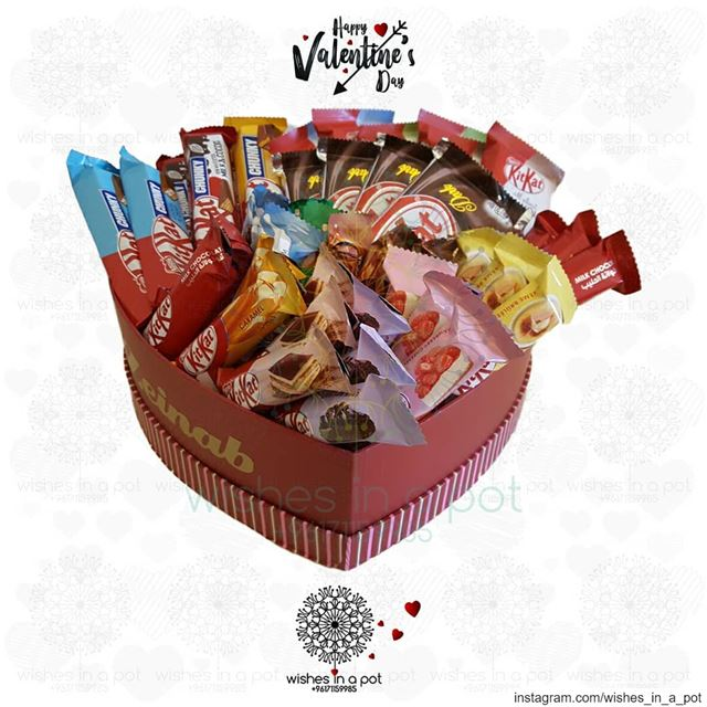 Alll new flavors of  kitkat one heart boxPlace your  valentinesday order:...