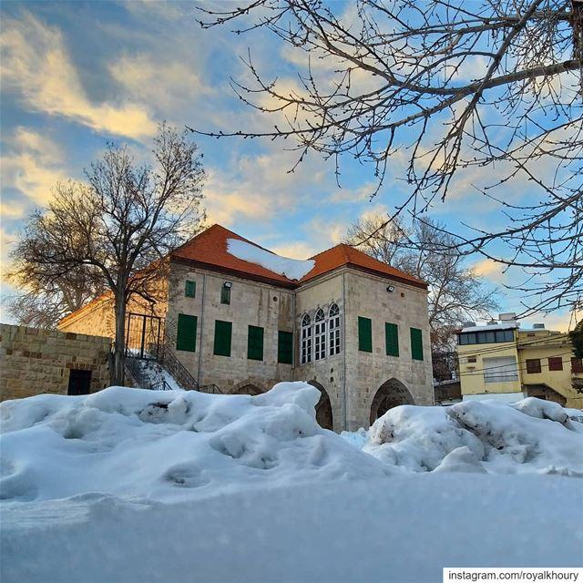 Ehden... RoyALKhouryPhotography ehden ehdenwinter ehdennature Lebanon... (Ehden, Lebanon)