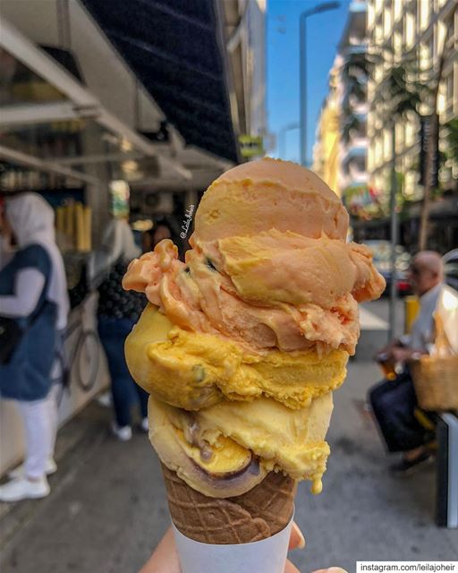 I miss those hot days...  livelovebeirut  icecream   livelovefood ... (Hamra, Beyrouth, Lebanon)