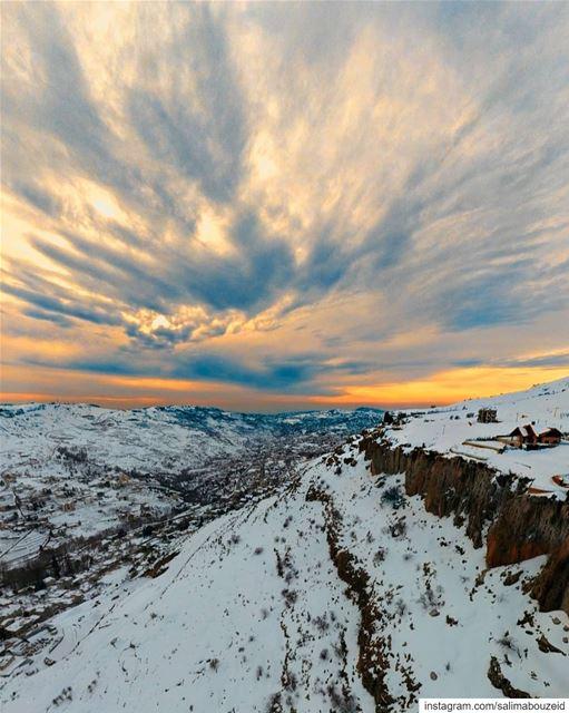 Peace of heaven on earth 🇱🇧 --------------------------------------------- (Faraya, Mont-Liban, Lebanon)