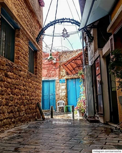 حاراتنا القديمة ❤ takenbyme ptk_Lebanon visitlebanon Lebanonbyalocal ... (Tyre, Lebanon)