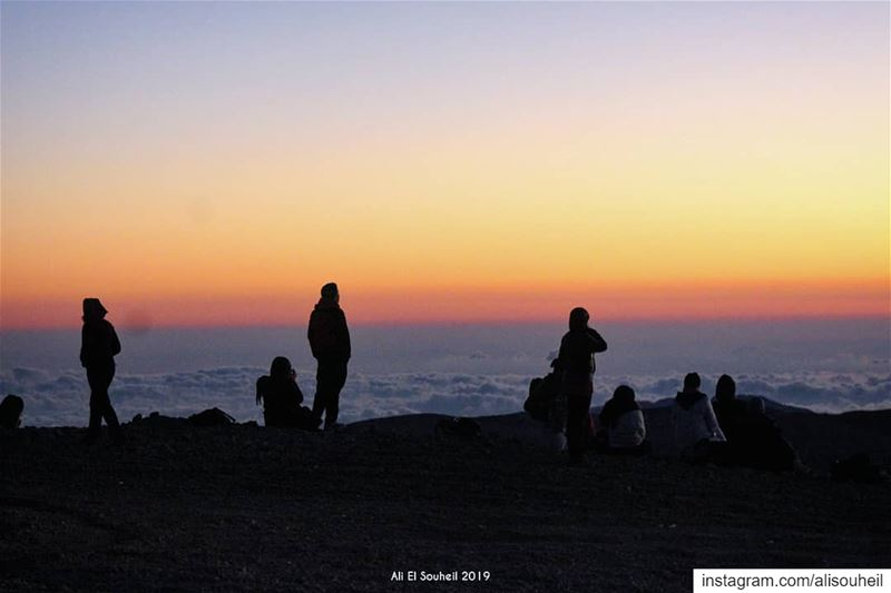 Waiting the sunrise tb qornesawda northlebanon sunrise sun clouds ... (Qornet es Saouda (ås))