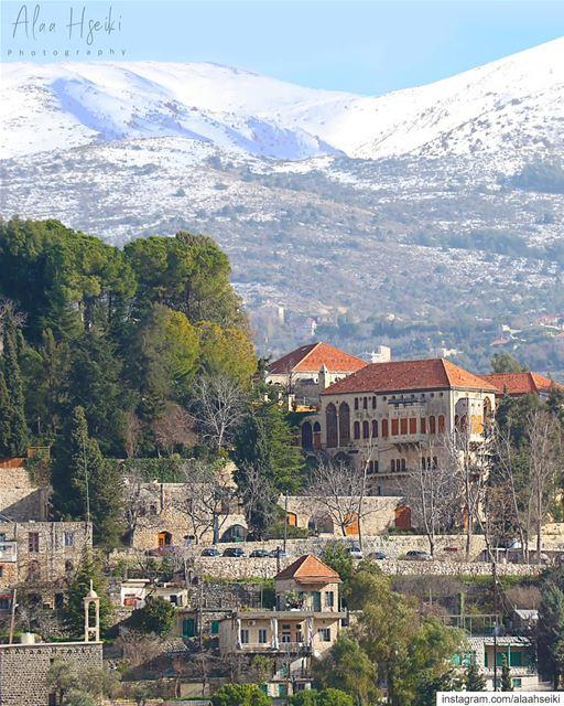 المختارة...... AlaaHseikiPhotography Hseiki Lebanon beirut nature ... (قصر المختارة)