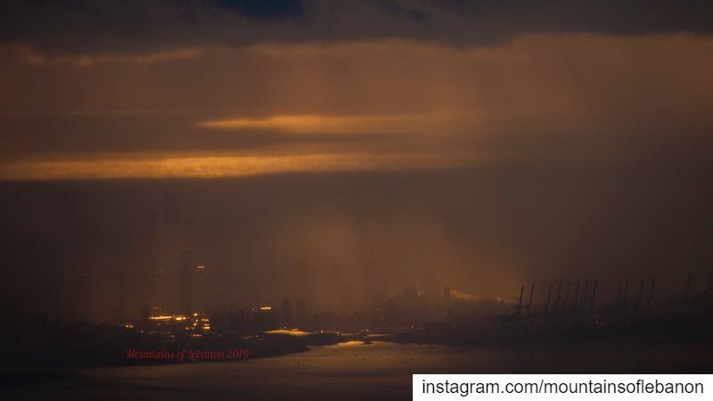 Light, Rain and fog over Gotham city! beirut beirutsunset ptk_lebanon... (Beirut, Lebanon)
