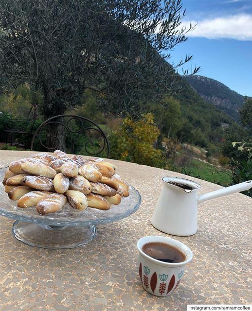 زدني من سكر كلامك، مزاجي مر.... ramramcoffee turkishcoffee ... (Beit Douma)