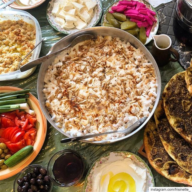 Our Sunday Morning 🥰..الترويقة اللبنانية ❤️. lebanon🇱🇧 ... (Montreal, Quebec)
