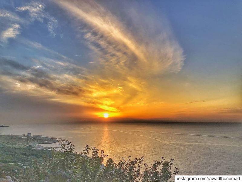 postcard it 🇱🇧..... lebanon🇱🇧 lebanon_hdr lebanon sunset ... (Chekka)