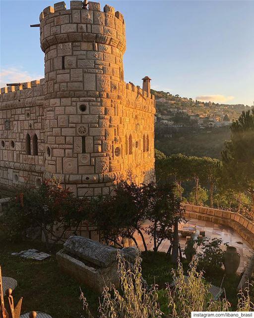 🇱🇧🇧🇷 Pôr do sol no místico Castelo Moussa, entre Deir el Qamar e... (Moussa castleقلعة موسى)