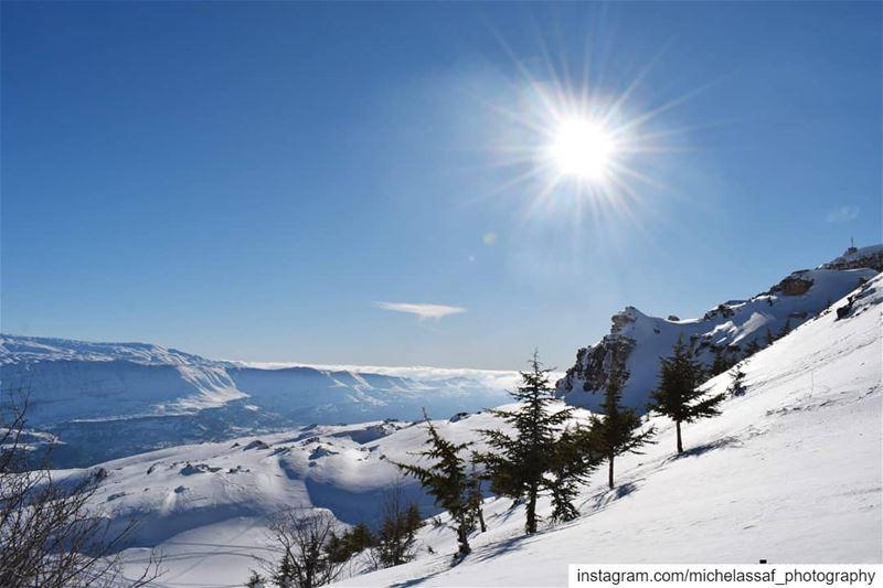 """و""""لبنان""""، شو """"لبنان""""؟! ـ هالكمّ أرزه، العاجقين الكون، هالقبل ما في كون كانو (El Laklouk, Mont-Liban, Lebanon)"""