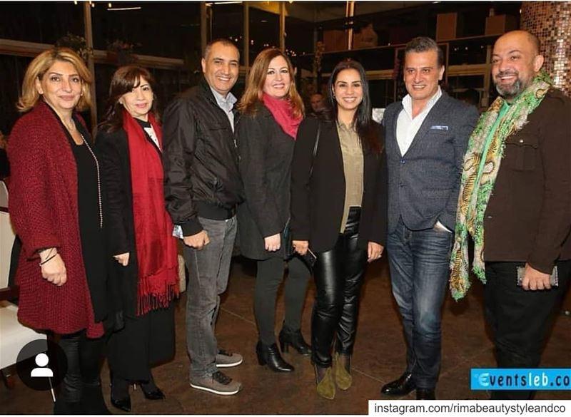 @machrou3cafelebanon medias bloggers nightout dinner gather ...