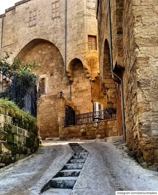 batroun البترون_سفرة old city oldcity bebatrouni lebanon ... (Batroûn)