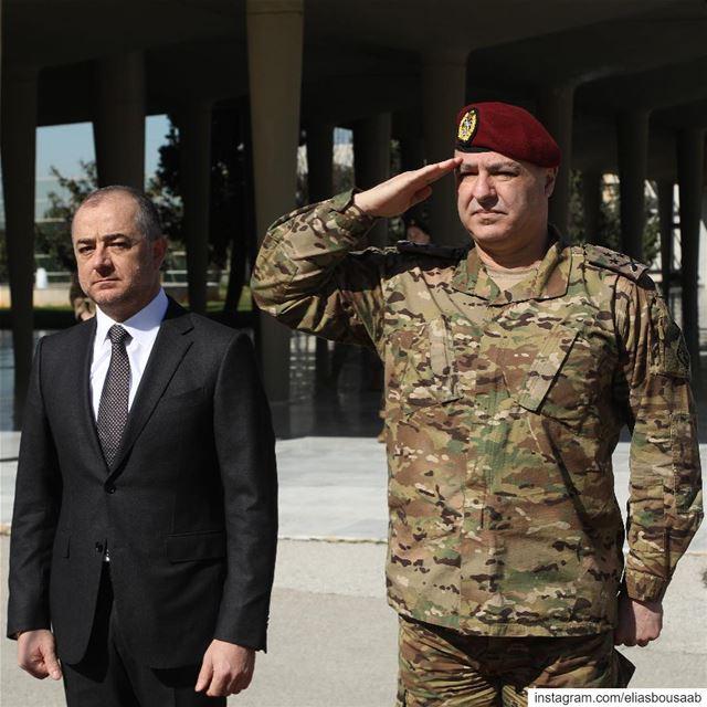 إنطلاقا من الثقة الكبيرة لديّ بقائد الجيش العماد جوزيف عون، ستشهد الفترة ال (قيادة الجيش - وزارة الدفاع الوطني)