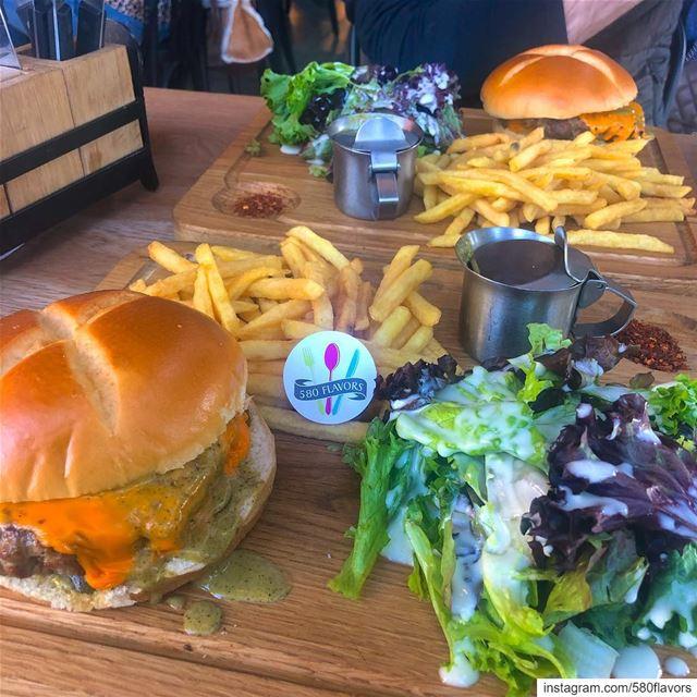 A tasty burger 😋😋😋 recommended 👌 @swissbutter jaleldib ...... (Jall Ed Dîb, Mont-Liban, Lebanon)