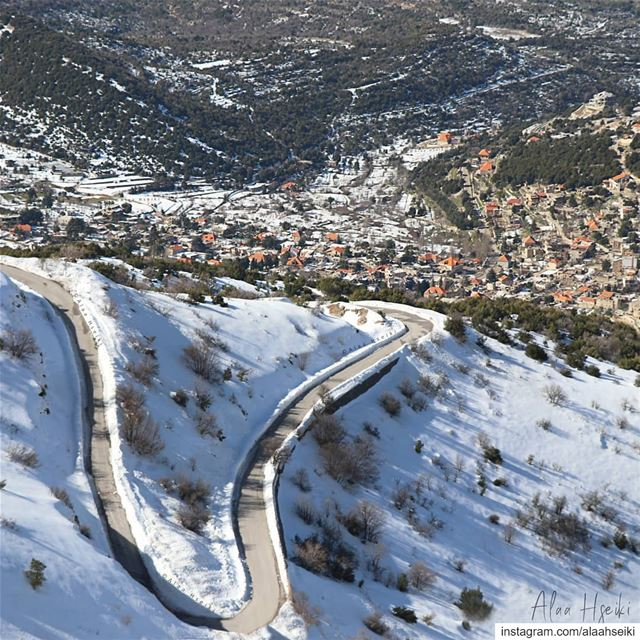 Straight Roads Do Not Make Skillful Drivers 🎯... Lebanon Hseiki ... (Maasser Ech Chouf, Béqaa, Lebanon)