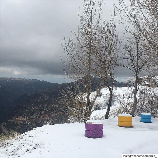 Smiles of nature 🙌 samarula white snow day winter time mountains ... (ارز الرّب)