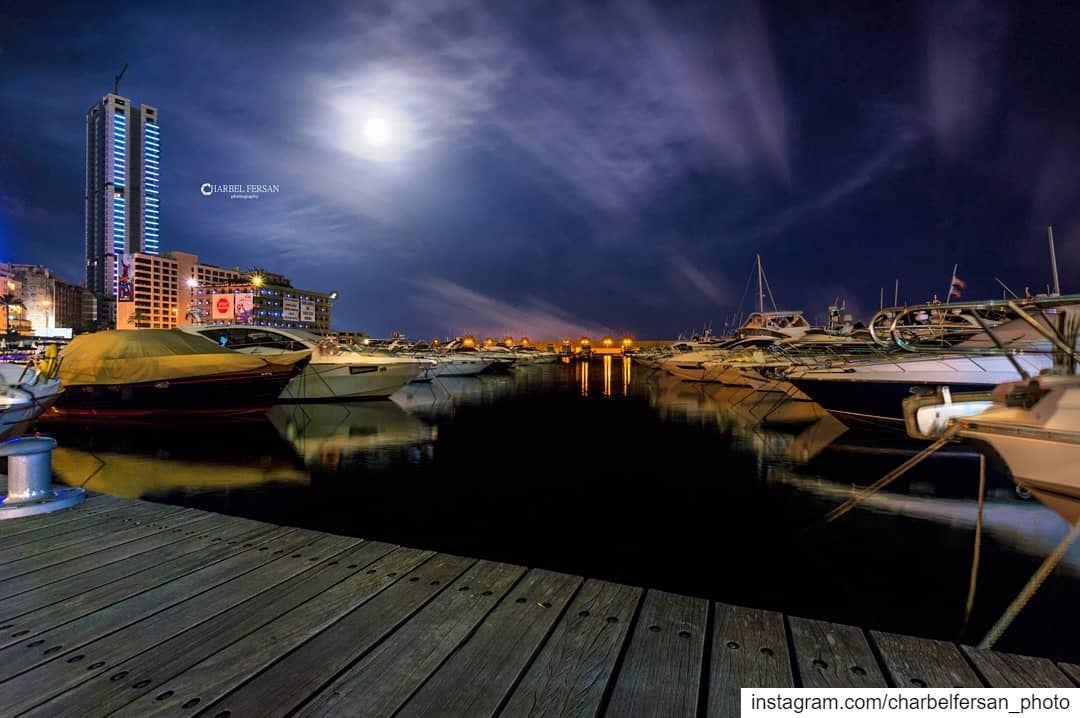 Good Night from B city ❤www.charbelfersan.com - © All rights reserved... (Zaitunay Bay)