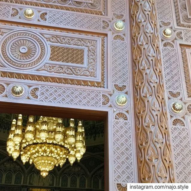 مسجد السلطان_ قابوس sultanqaboosmosque amazing mosque muscat oman ... (Muscat, Oman)