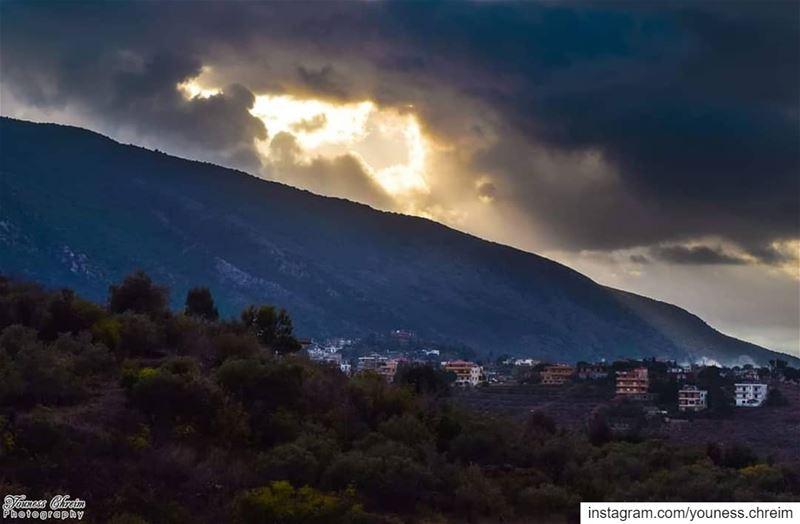 بقعة ضوء من سماء الإقليم houminealfawka arabsalim arabsalim❤ ...
