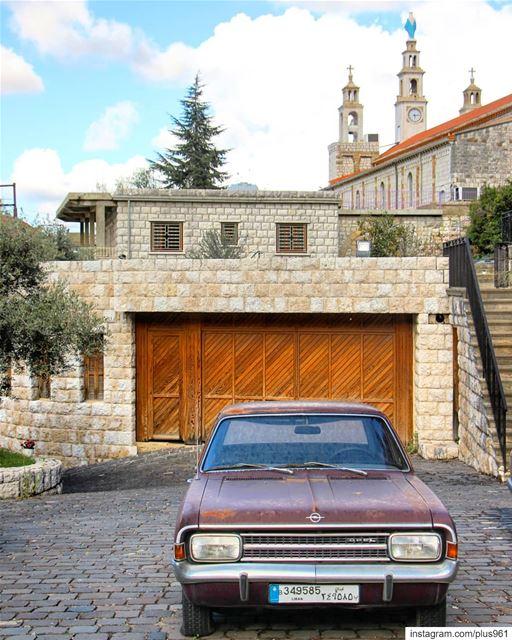 Classic Sunday 💒 (Beït Chabâb, Mont-Liban, Lebanon)