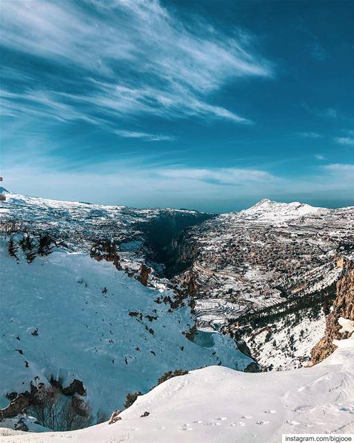 Awesome view! shotoniphone ..... natgeoshot natgeotravelpic ... (Lebanon)