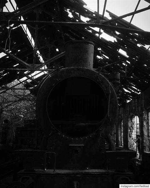 Dark tourist glitz_n_grime exploretheglobe worlderlust travelandlife... (Beirut, Lebanon)