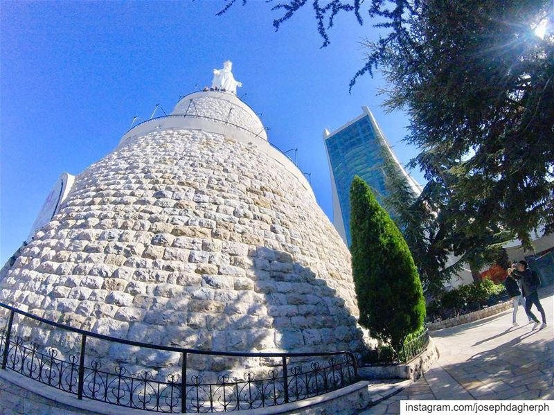 💙___________________________________________________________... (Harîssa, Mont-Liban, Lebanon)