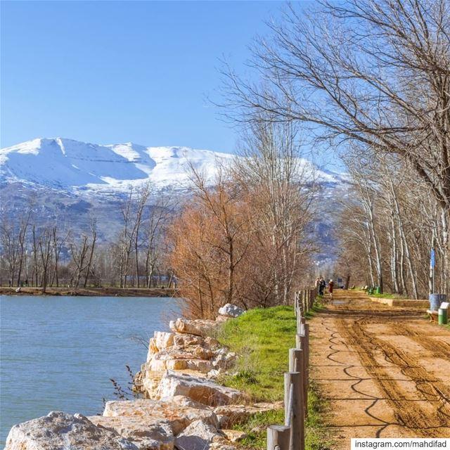 Lebanon Bekaa Taanayel lake mountains landscape nature photography igers... (Deïr Taanâyel, Béqaa, Lebanon)