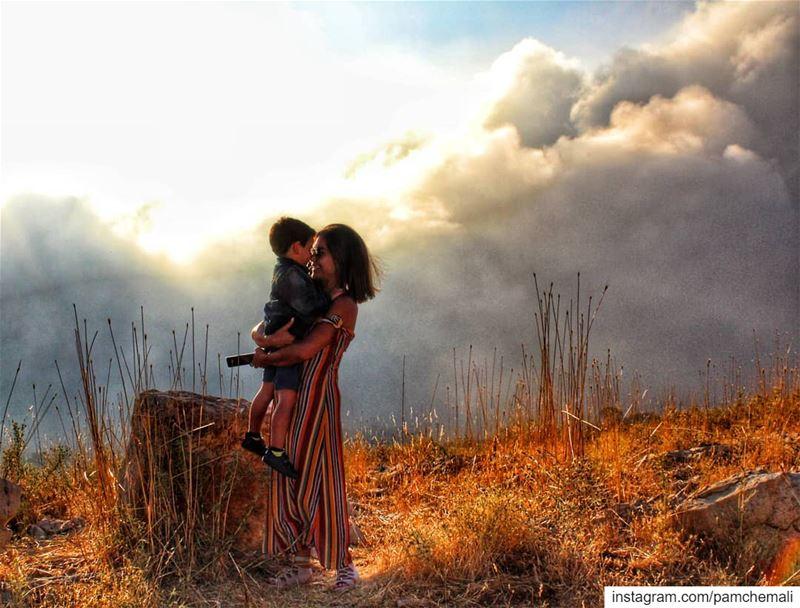 ❤ Pure love ❤ momandsongoals happyvalentinesday abondthatcantbebroken... (Qanat Bakish, Mont-Liban, Lebanon)