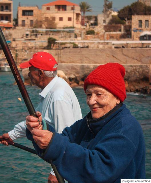 يدوو و يدوم ❤Happy every day 😍Lady in red 👒..... lebanon ...