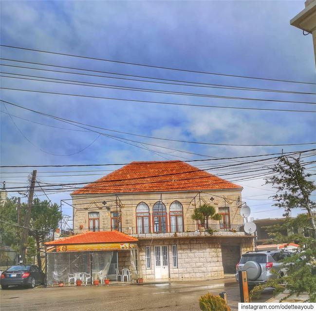 بلدة المروج ♥️🌞❤️❤️ world_bestangels ptk_lebanon super_lebanon ... (El Mroûj, Mont-Liban, Lebanon)