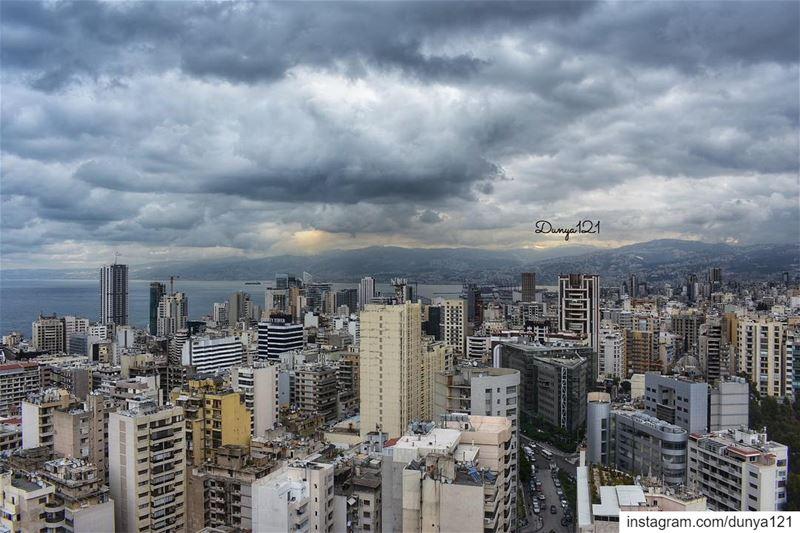 ورغم أني فعلت الصواب ، إلا أنني لازلت أحن 🥀 لبنان بيروت جبل طبيعة travel... (Beirut, Lebanon)