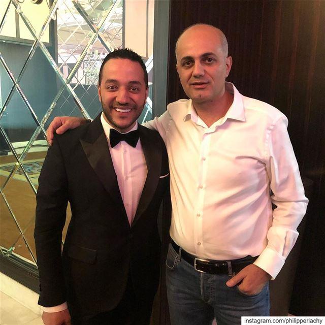 مع احباب القلب النجمين حسين الديك وزياد برجي من حفلة دبي من تنظيم سبوت لاي (Dubai, United Arab Emirates)
