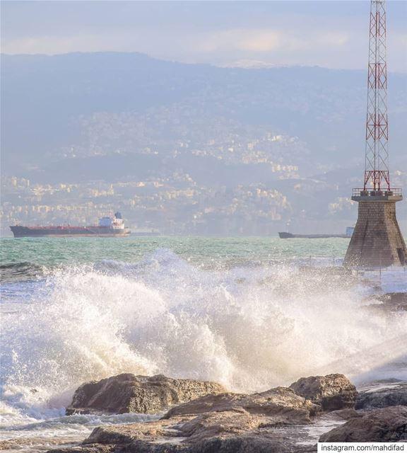 Storm Beirut waves sea Pysglb Lebanon photography loves_lebanon... (Ain El Mreisse, Beyrouth, Lebanon)