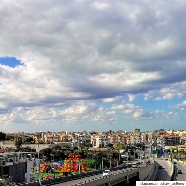 Monday mood 🏙️☁️_______________________________ monday  post  clouds ... (Hazmieh)