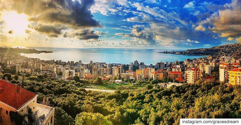 Lebanon 🇱🇧❤️🇱🇧 LoveItFromAfar LiveLoveJounieh ....... Lebanon... (Harîssa, Mont-Liban, Lebanon)