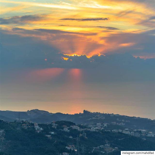 Sunset Beirut clouds mountains lebanon aunraus Pysglb Nature Landscape... (Kayfun, Mont-Liban, Lebanon)