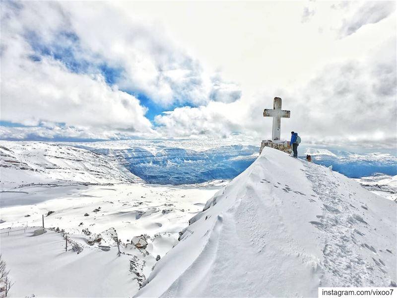 Enjoying the depths of winter... snow snowday snowland ... (Akoura, Mont-Liban, Lebanon)