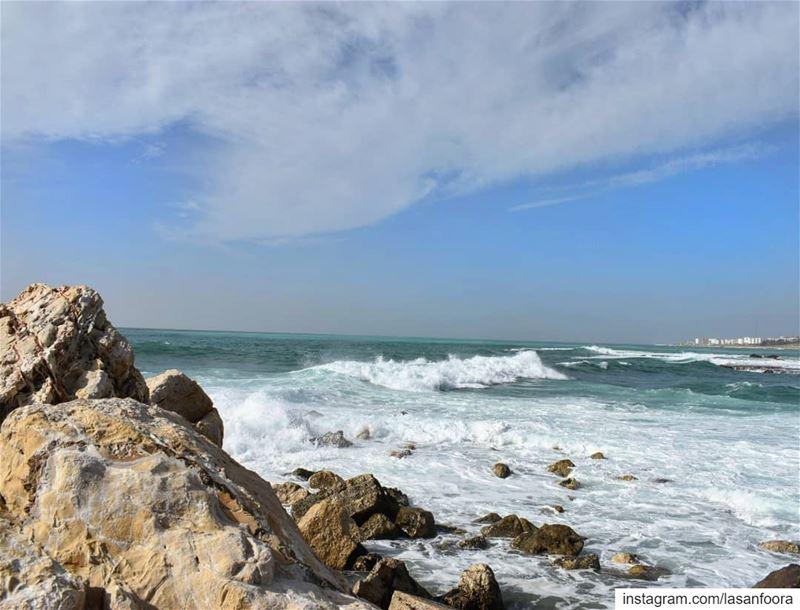 lebanoninapicture ptk_lebanon livelovebeirut insta_lebanon ... (Mediterranean Sea)