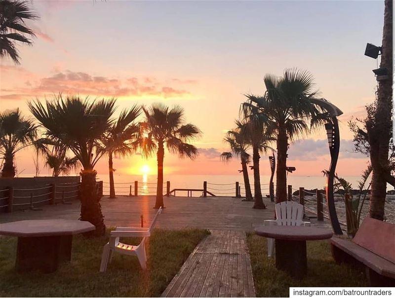 batroun البترون_سفرة sunset seaview hotel batrounbeach ... (Batroûn)