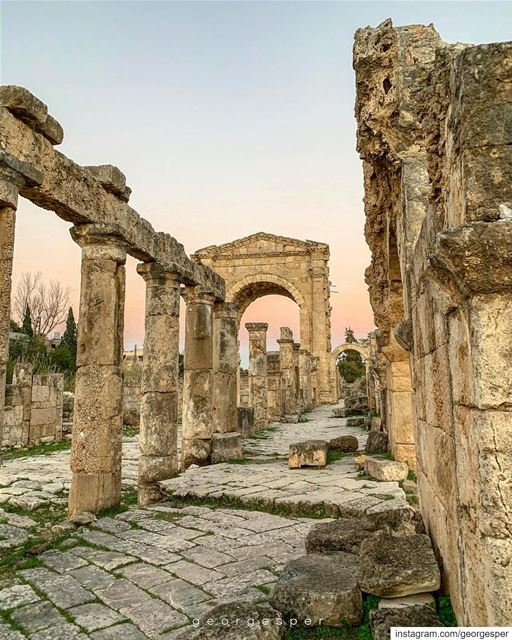 A Glimpse into the Acient Roman Empire • Tyre Lebanon 🇱🇧........ (Tyre, Lebanon)