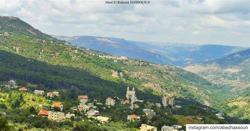 Jezzine 🌳........... jezzine livelovejezzine جزين ... (Jezzîne, Al Janub, Lebanon)