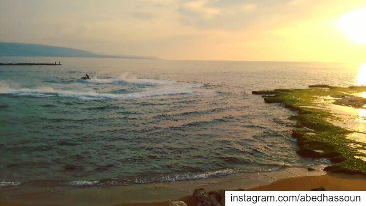 Amazing 🌊.............. Tripoli Lebanon waves ElMina ... (Tripoli, Lebanon)