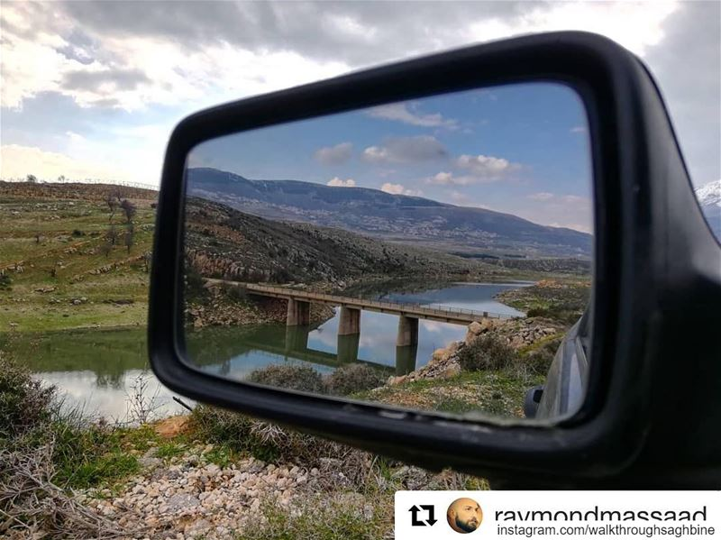 Repost @raymondmassaad・・・ nature picoftheday reflection sky river... (Saghbîne, Béqaa, Lebanon)