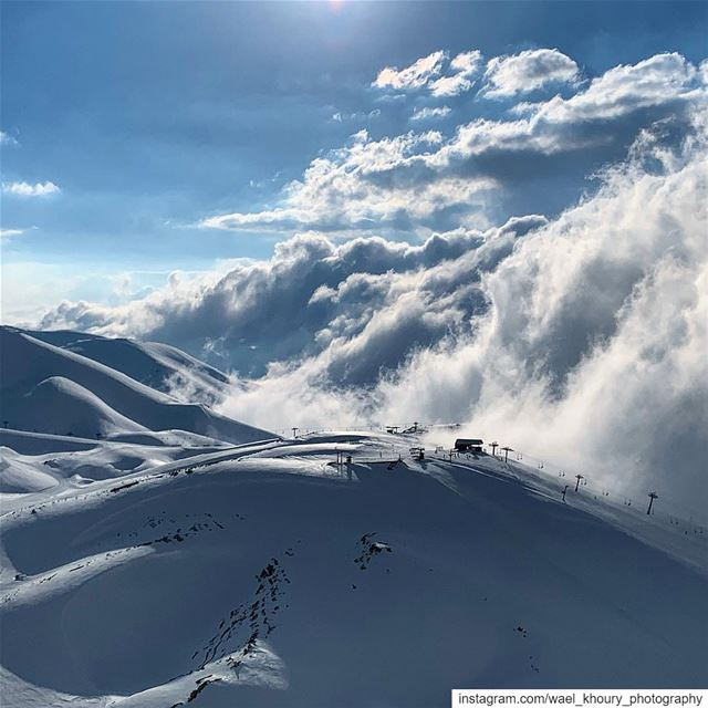 amazing  landscape  livelovebeirut  photooftheday  cloud  sun  winter ... (Mzaar Kfardebian)