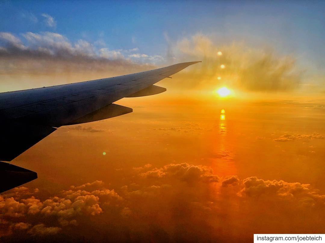 The most magical sunset i have ever seen🌅 livelovebeirut ig_lebanon... (Beirut, Lebanon)