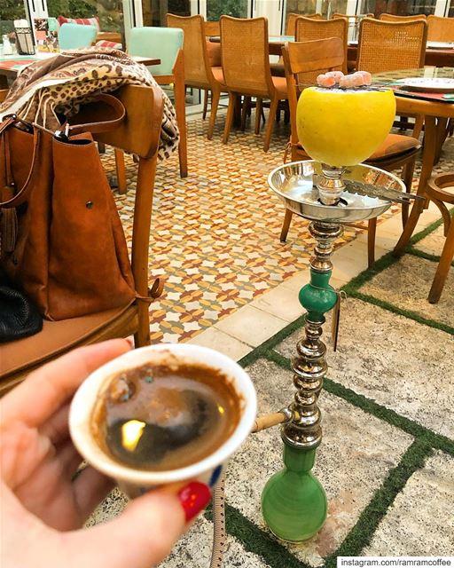 ب اول القهوة طعم و ب اخر رشفة حنين... ramramcoffee turkishcoffee ... (El Denye Hek الدنيا هيك)