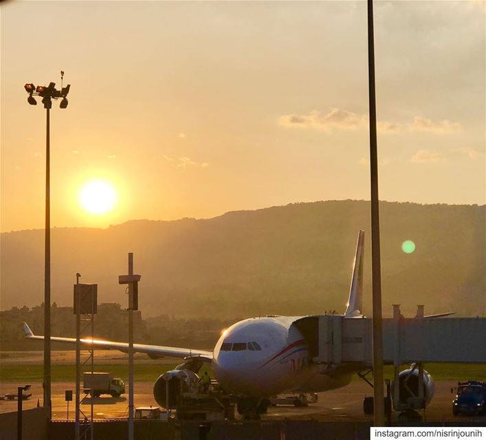 whatsuplebanon morninglebanon meetlebanon insta_lebanon airport ... (Beirut–Rafic Hariri International Airport)