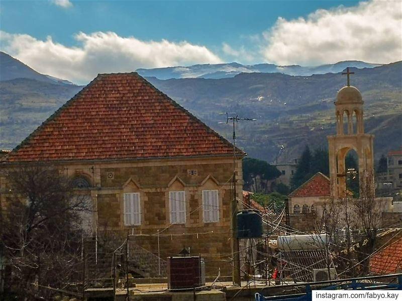 ----------------------------------------------------------- libanon... (Lebanon)