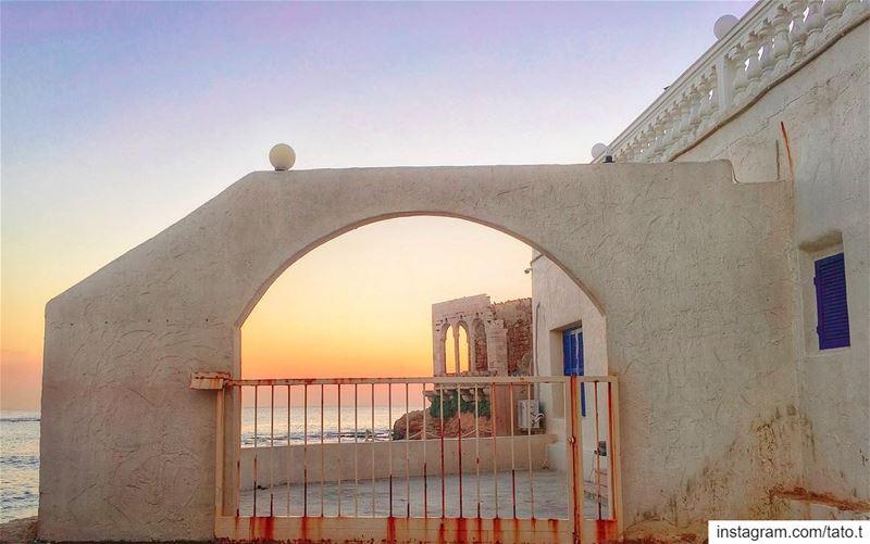 ✨𝐌𝐨𝐬𝐭 𝐨𝐟 𝐭𝐡𝐞 𝐭𝐢𝐦𝐞 𝐛𝐞𝐚𝐮𝐭𝐲 𝐥𝐢𝐞𝐬 𝐢𝐧 𝐭𝐡𝐞 𝐬𝐢𝐦𝐩� (Bahsa Beach)